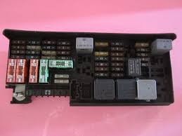 best ideas about mercedes benz ml mercedes 164 540 3373 mercedes benz ml350 ml550 r350 gl350 fuse box 1645403372 fit all the mercedes