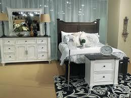 Sunny Designs Bedroom Furniture