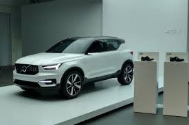 2018 volvo v40. perfect volvo volvo 401 concept and 2018 volvo v40