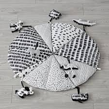 Black and white newborn toys