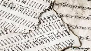 Seni media yang digunakan dibagi 3, yaitu: Pengertian Seni Musik Secara Umum Menurut Para Ahli
