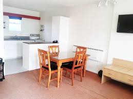 whanganui group acmodation midtown motor inn kitchen unit dining