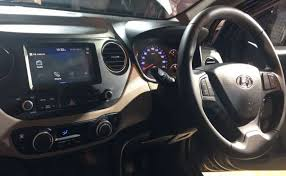 2018 hyundai xcent. unique xcent 2017 hyundai xcent facelift launched in india new infotainment display intended 2018 hyundai xcent