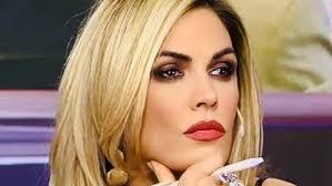 Her spouse is alejandro borensztein (m. Viviana Canosa Struck Down Mariana Fabbiani S Husband Mariano Chihade Live Show El Intransigente Archyde