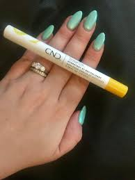 cnd solaroil nail and cuticle care