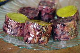 Mendulang Rezeki dari Pesanan Kuliner Khas Bugis di Karimunjawa -  Nasirullah Sitam