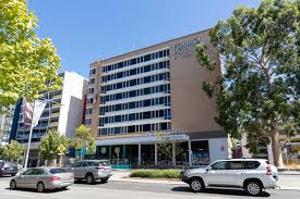 Perth's sudden lockdown comes after western australia's first community transmitted coronavirus case in almost 10 months. Mark Mcgowan Announces Wa Coronavirus Restrictions Will Stay In Perth Peel Regions Despite No New Cases Abc News