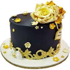 black and gold fondant cake