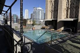 ace hotel downtown los angeles roof top jacuzzi