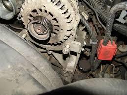 Chevrolet Silverado 1999-2006 GMT800 How to Replace Alternator ...