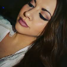 dark brown shade peach smokey eyes