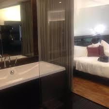hotel maya kuala lumpur big tub