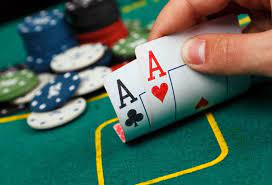 10 tips that will make you success playing poker online
