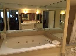 quality inn conference center tampa hot tub room