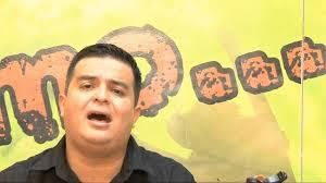 Alexander Marquina le canta a la Misericordia - YouTube