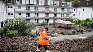 Almanya'nın batısında yoğun yağış ve sel: 6 ev çöktü, 30 kişi kayboldu