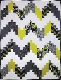 "free pattern = Straw Daisy Chevron bargello quilt, 50 x 64"", free ... & This Digital Daisy Chevron Quilt Tutorial looks like something out of an  old computer or video game because it's both a chevron and bargello quilt  pattern. Adamdwight.com"
