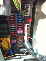 installing a temp gauge on a 2003 disco ii land rover forums this is what keeps your lighting settings on the gauge when you turn the vehicle off and back on here is my fuse box