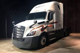 2018 ford dump truck. wonderful 2018 daimler trucks unveils redesigned 2018 freightliner cascadia big rig and ford dump truck