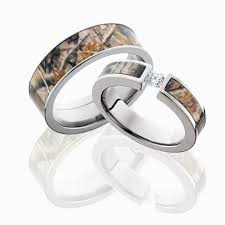 realtree wedding bands for him camo wedding ring sets for him and her