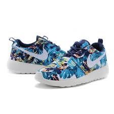 Patterned Nike Roshe