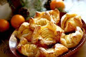 french apple pastries with puff pastry