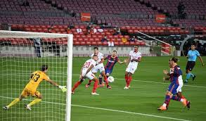 90+4 free kick for fc sevilla in their own half. Barcelona 1 1 Sevilla Player Ratings As Lopetegui S Men Outplay The Catalans At Camp Nou La Liga 2020 21