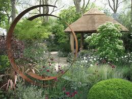 home chelsea flower show tour with sisley english garden tours