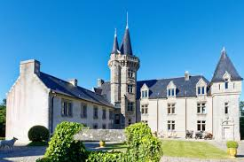 Castles for Sale and Palace Estates - Christie's International ...