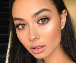 try these makeup tips for added drama to your hazel eyes