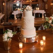 These Winter Wedding Cake Flavor Ideas Will Definitely Make You