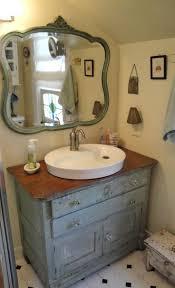 Best 25+ Vintage bathroom vanities ideas on Pinterest | Singer ...