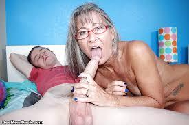 Granny sucks big cock