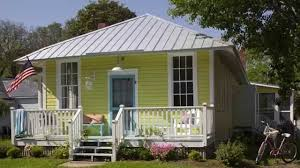 how to choose exterior paint colorsHow To Choose Exterior Paint Colors  Seaside Design  Coastal
