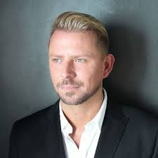 wayne goss is not your typical you star he has amed over a million subscribers on his beauty channel and has the consumer influence to match his
