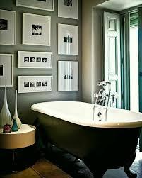 bathroom-art-ideas