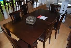 Liquidator table set furniture