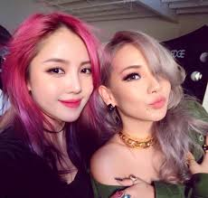 cl snaps a photo with famous makeup artist pony love their makeup