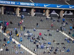 Jetzt soll sich gegen den vfl wolfsburg für die berliner bloß kein richtiges gewitter zusammenbrauen. Hertha Gegen Wolfsburg Im Leeren Berliner Olympiastadion