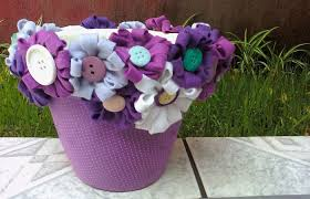 how to decorate a plastic flower pot