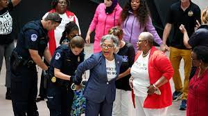 Rep. Joyce Beatty arrested at voting ...