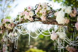 Decorating A Trellis For A Wedding Decorating Your Wedding Venue With Arbors Hunt Country Celebrations