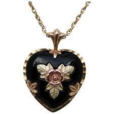 black hills gold and onyx black heart pendant necklace vintage elixir ruby lane