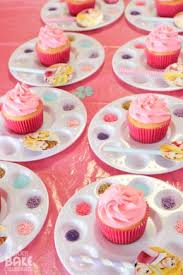 What Fun For A Birthday Party Let Everyone Decorate Their Cupcake