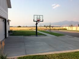 pro dunk hoops. Pro Dunk Basketball Hoops Are Great Alternatives To Bouncing A Against The Garage. S