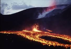 「1973 iceland heimaey island erupted」の画像検索結果