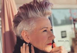 39 Youthful Short Hairstyles For Women Over 50 With Fine Thick