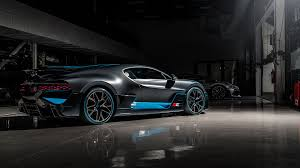 Bugatti beverly hills recently had the pleasure of unboxing one of the new bugatti divo hypercars that will be created. First Divo Deliveries To The Us West Coast