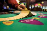Демо-слот Лягушки в Гранд казино