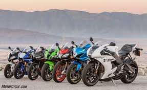 What S The Best Superbike Of 2017 2017 Superbike Street Shootout